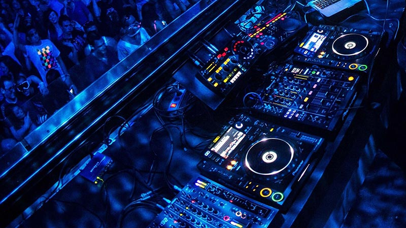 Can I buy DJ equipment from the school Image