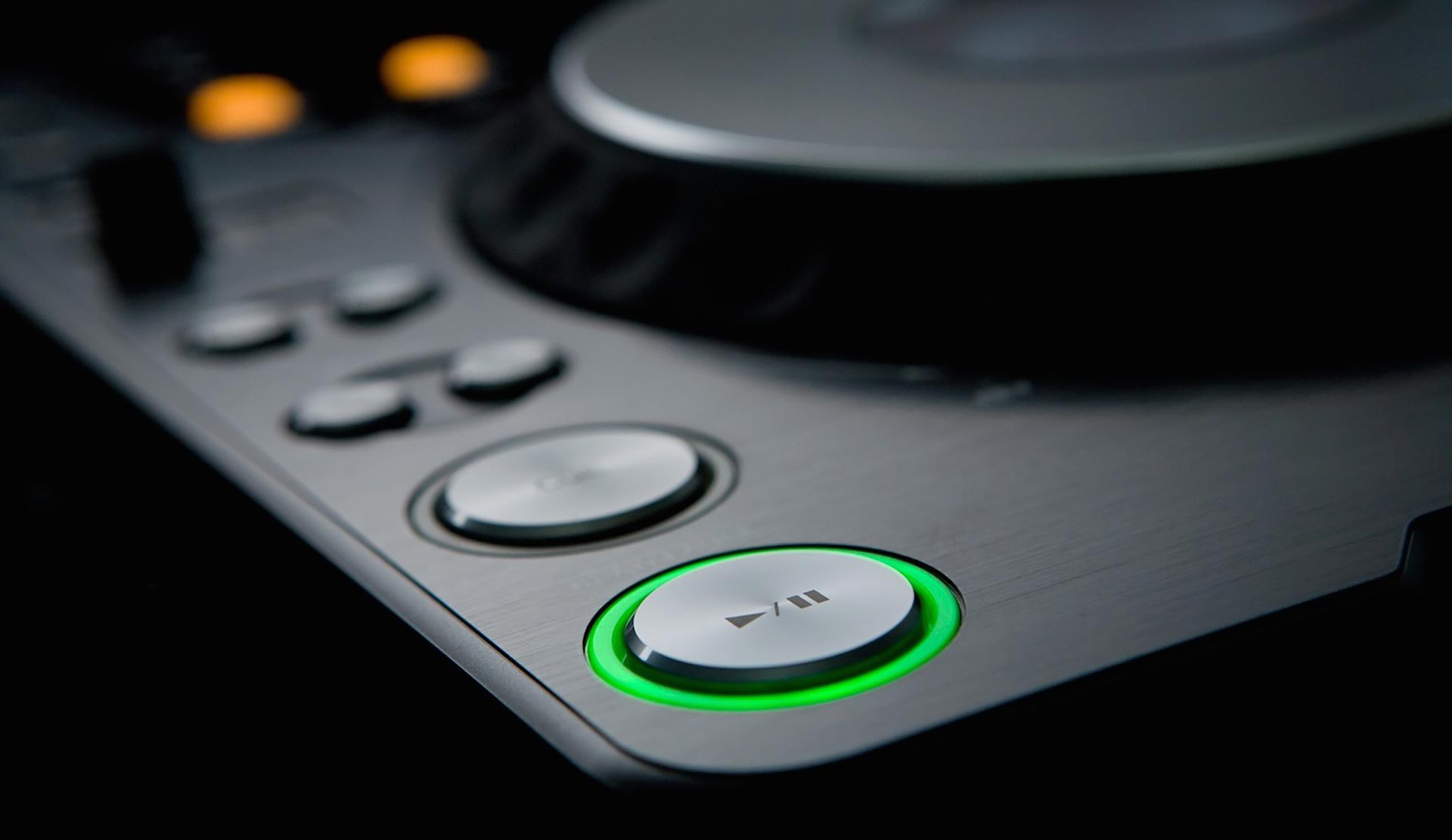Button on the CDJ doesn't work 1